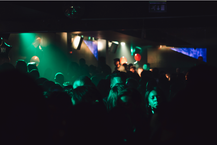 """[Singles Guide] The 12 Best Things to Do in London at Nightlife """"when you have money to spend"""""""