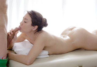 How to Please Her In Bed - Things You Can Do Tonight
